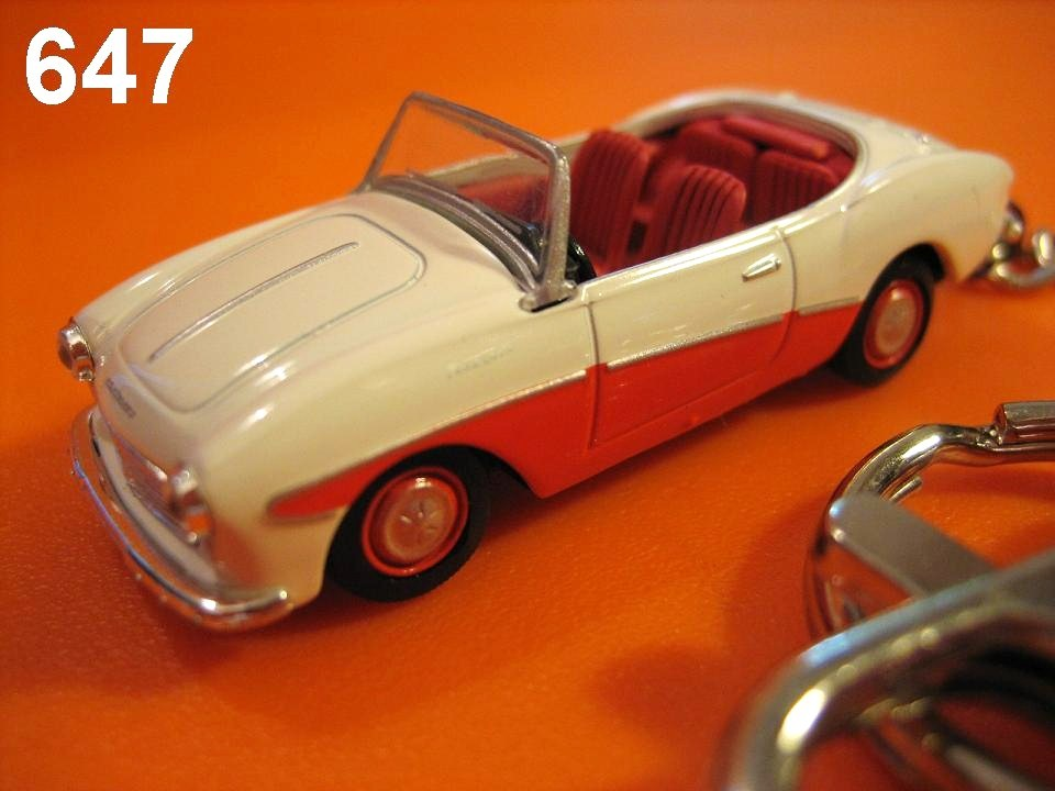 Classic Datsun Fairlady 1200 (Ivory x Orange) Die-cast Key Chain